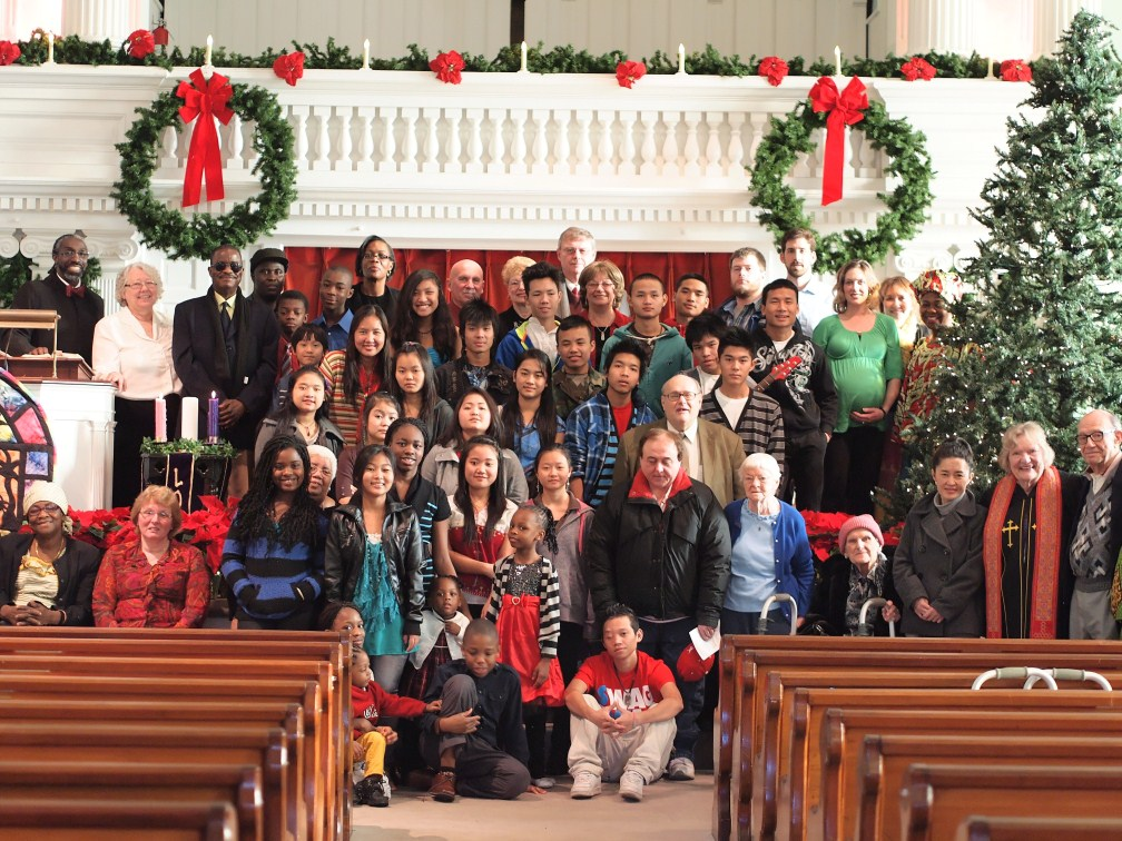 Congregation on Christmas Sunday